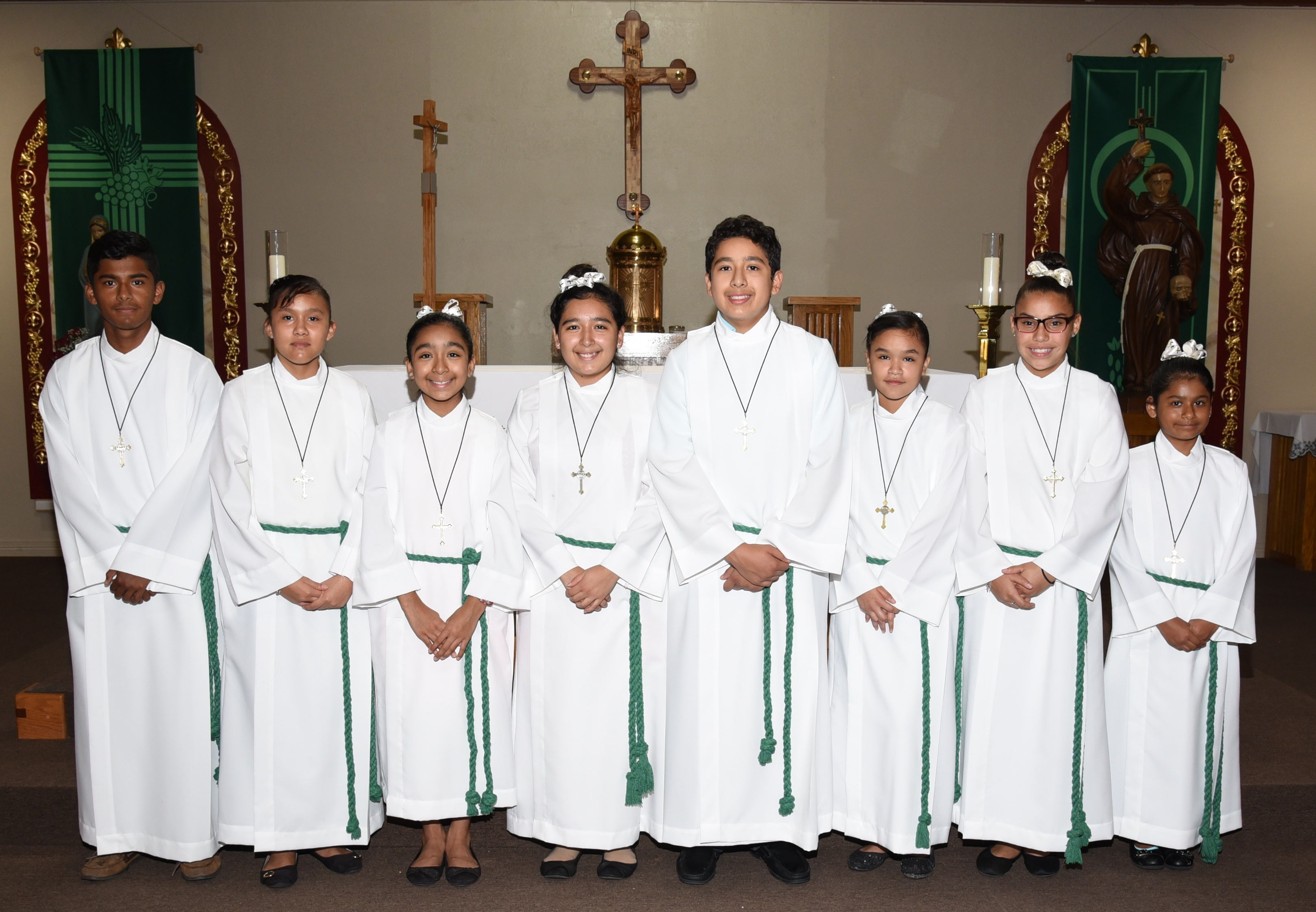 catholic altar server st leonard catholic church altar server ministry 10156
